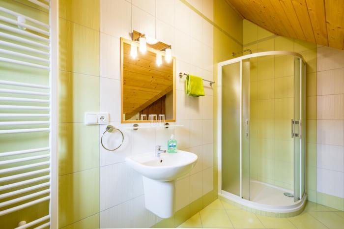 Apartmán 4 - koupelna 2